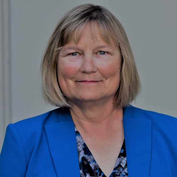 Alison Clayton