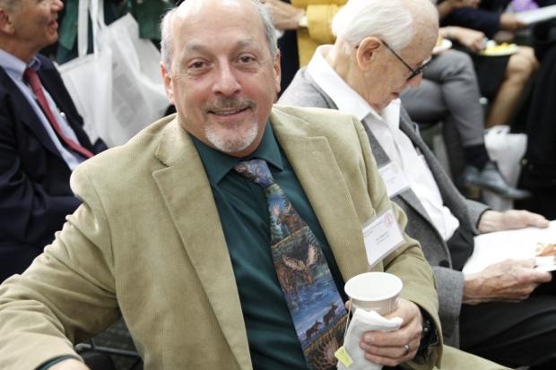 Dr. Kurt Albertine