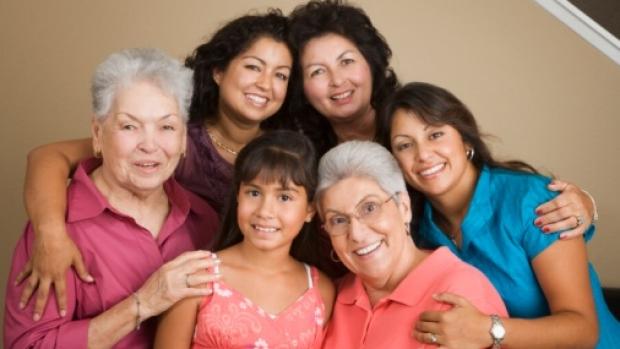 latina family