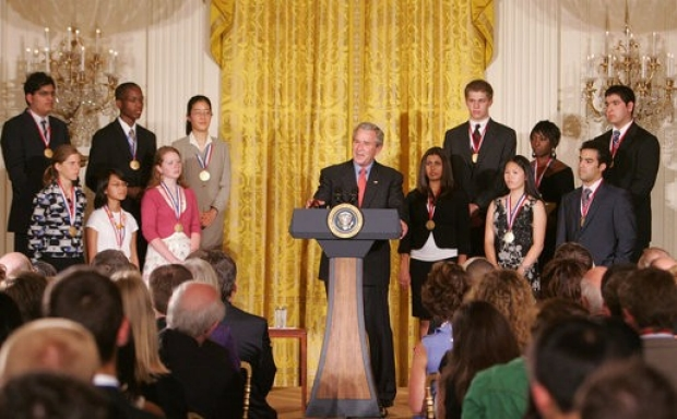 Caterina Yuan White House Ceremony 2007