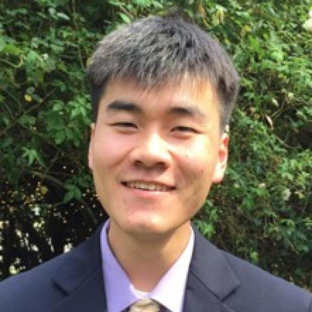 Jimmy Yao Headshot