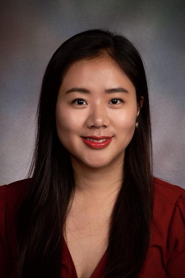 portrait of Rachel Zheng