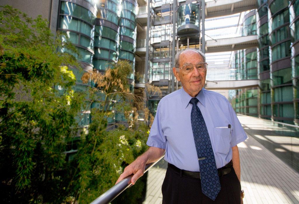Stanford hematologist Stanley Schrier dies at 90