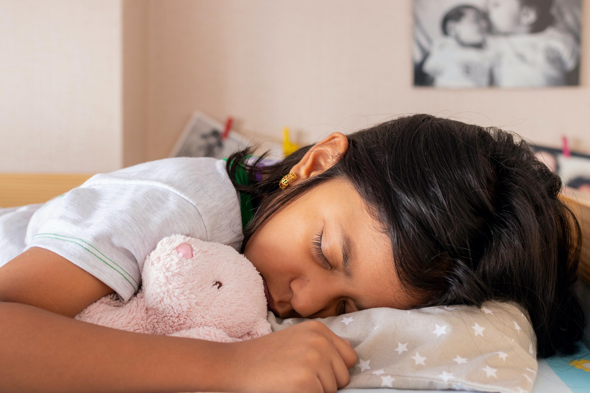 Mindfulness training helps kids sleep better, Stanford Medicine study finds
