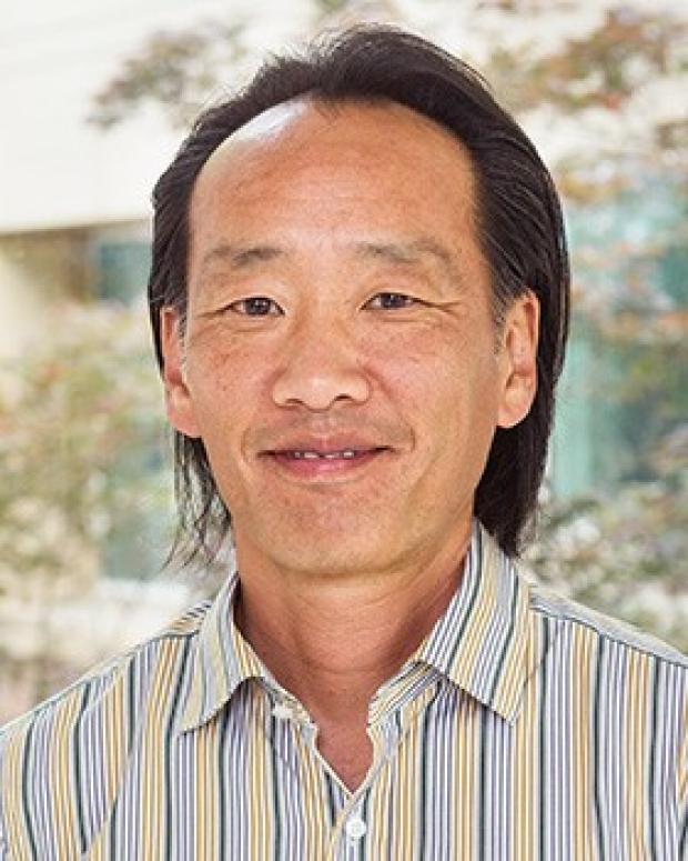 Phil Tsao smiling head shot
