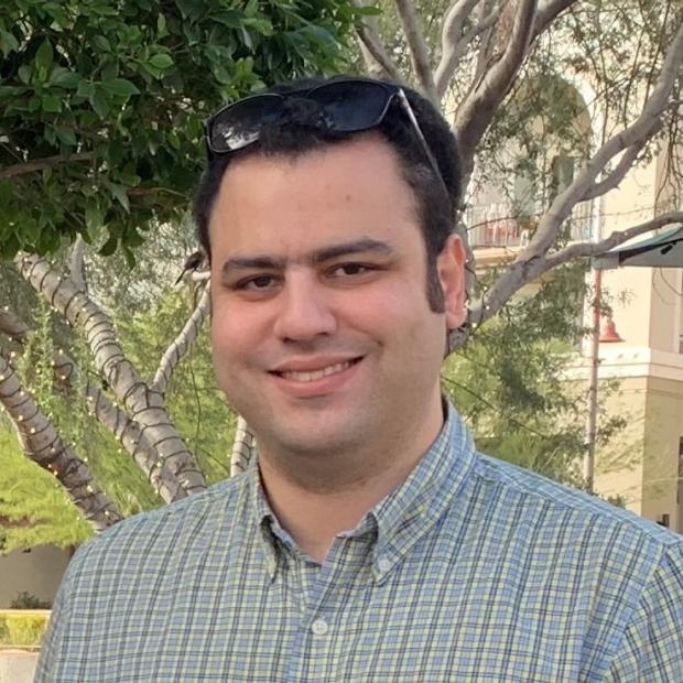 Roozbeh Dehghannasiri headshot