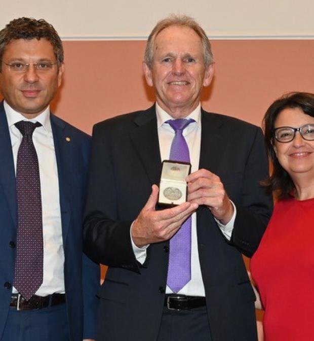 Trevor Hastie receives Sigillum Award