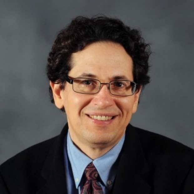 Daniel Rubin headshot