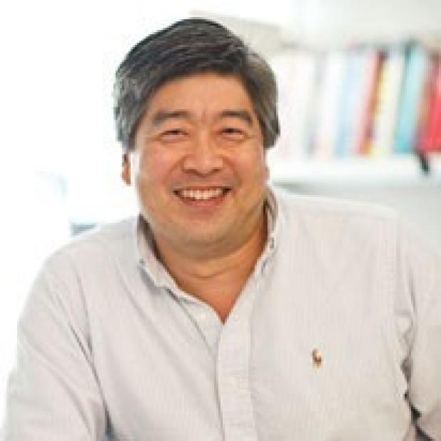 Thomas Wu headshot