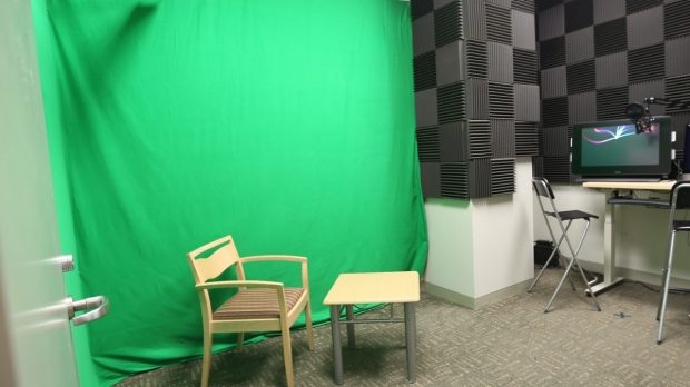 LK312 Podcast Recording Booth