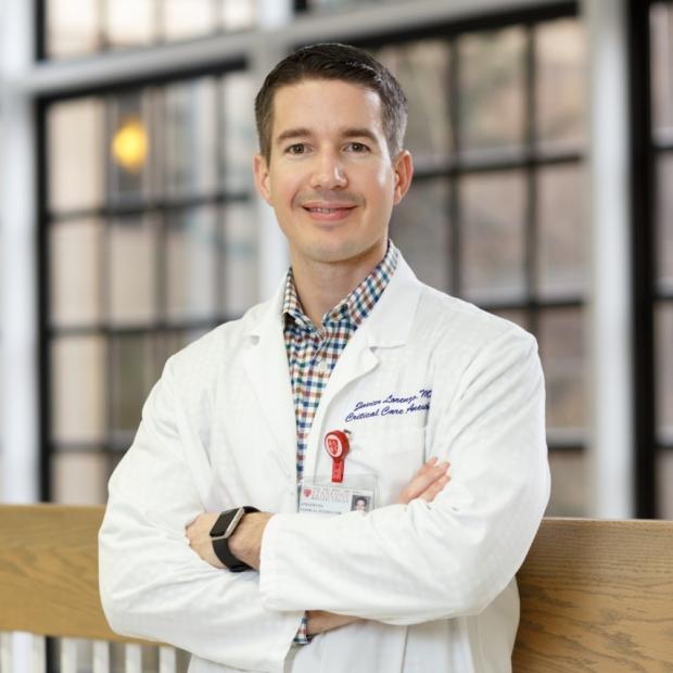 Dr. Javier Lorenzo