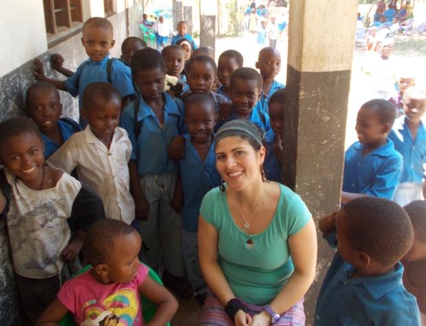 Dr. Desiree LaBeaud with schoolchidren in Kenya