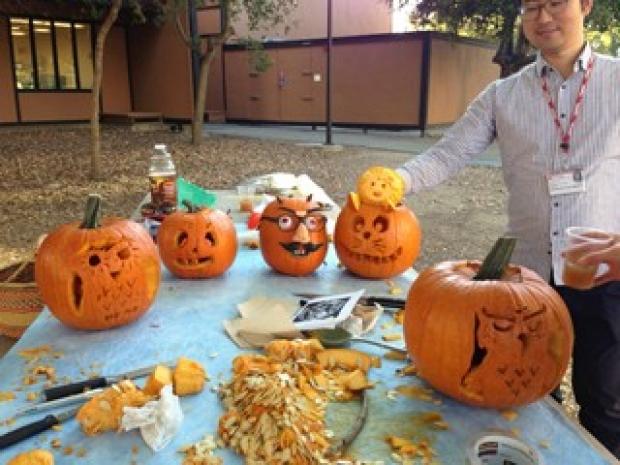 han-lab-PumpkinCarving