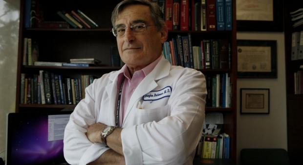 Dr. Douglas Richman