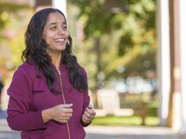 Devavani Chatterjea discovers link to chronic pain ailment in women