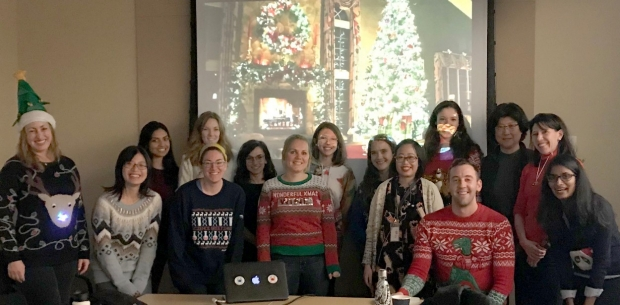 Monje Lab Ugle Sweater Party