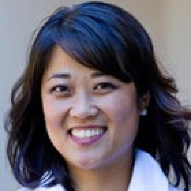Jong-Mi Lee, NP Nurse Practitioner for the Multiple Sclerosis Center