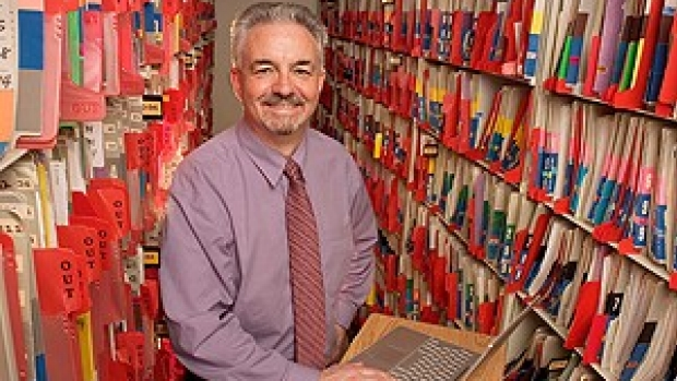 5 Questions: Lowe on hurdles facing electronic medical records