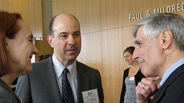 Patent agency officials discuss how to reduce application backlog