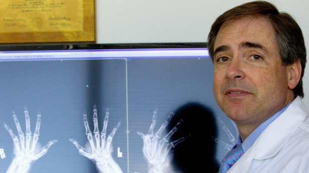 Trial led by Mark Genovese wins Clinical Research Forum award