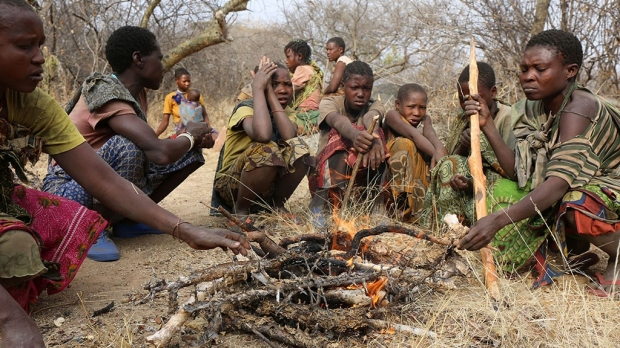 Hunter-gatherers of Tanzania experience seasonal variation in gut-microbe diversity