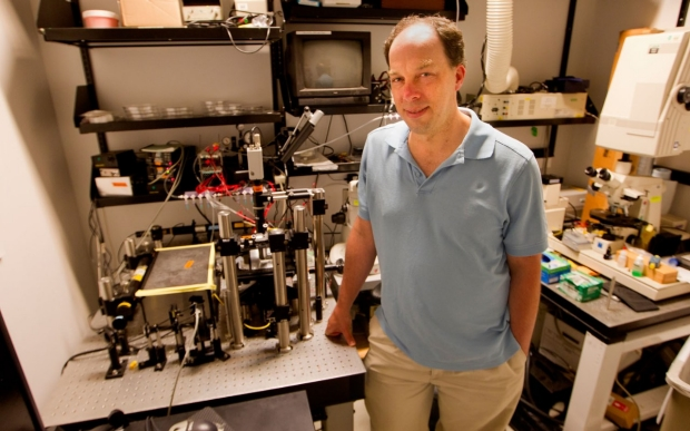 Stephen Quake in his lab