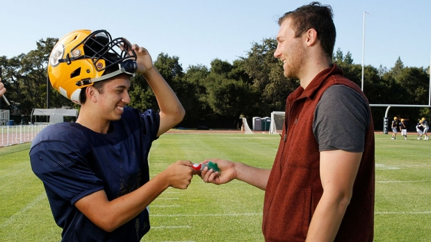 Concussion researchers study head motion in high school football hits