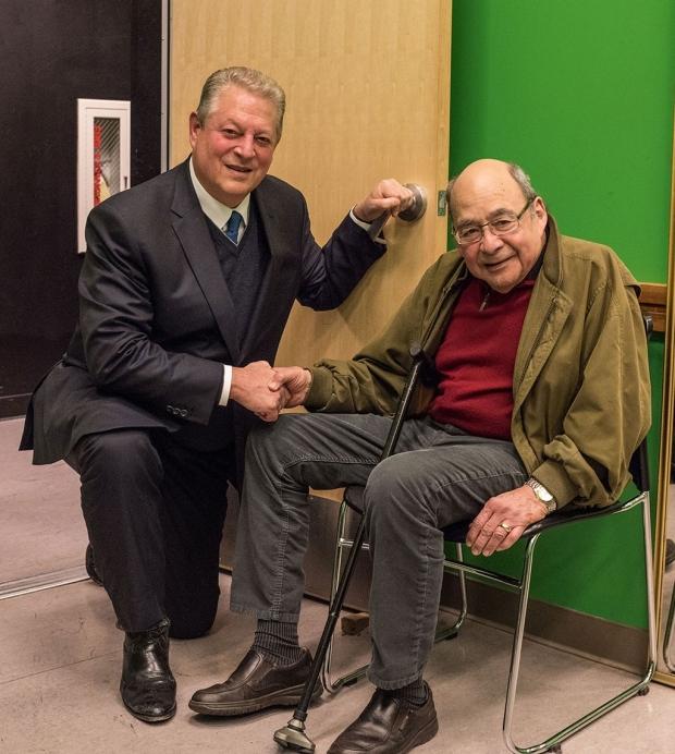 Al Gore and Oscar Salvatierra
