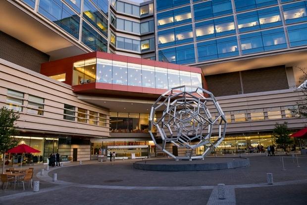 Stanford Hospital entrance