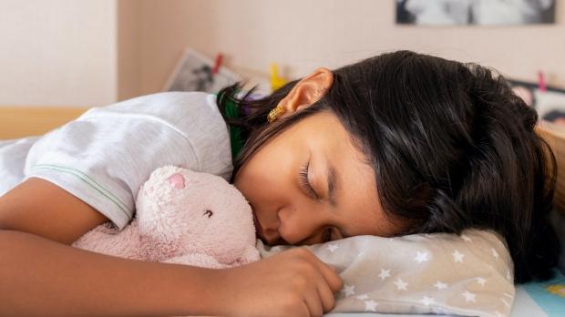 Mindfulness training improves kids' sleep