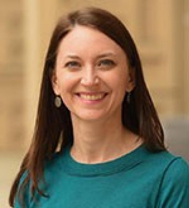 Marisa Holubar