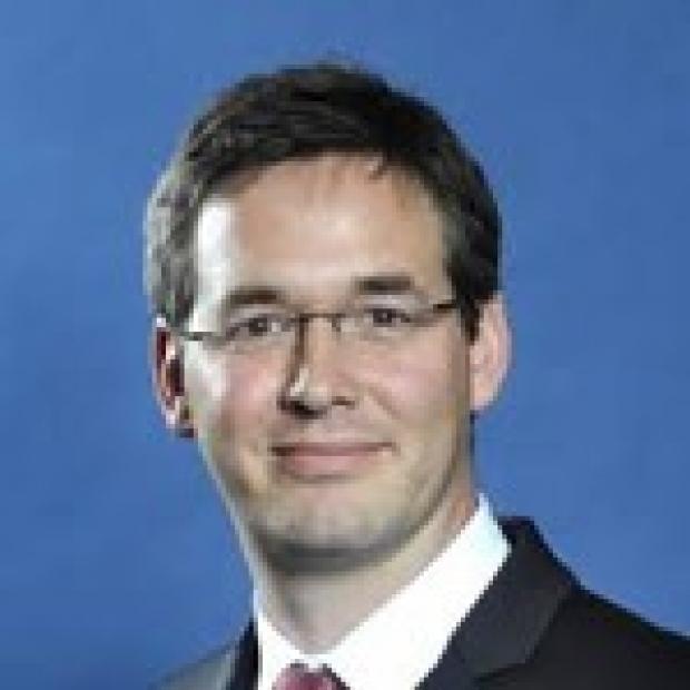 Jochen Profit, MD