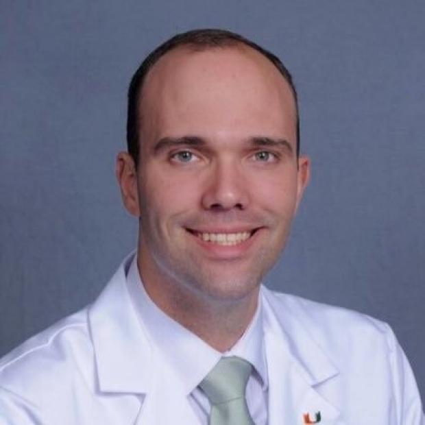 Dr. Victor Cueto