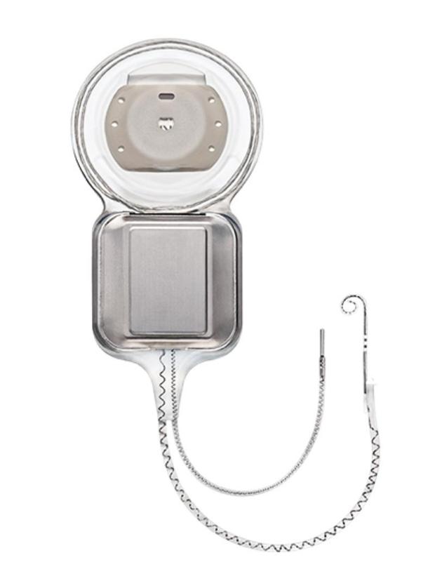 Nucleus cochlear implant