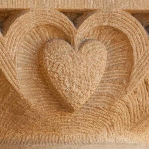 heart-shape-sandstone