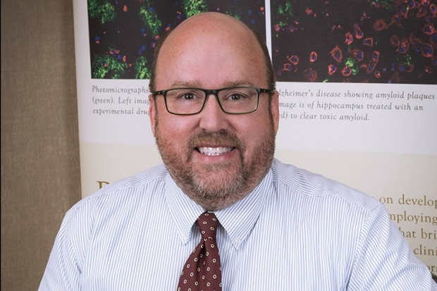 Dr. Thomas Montine