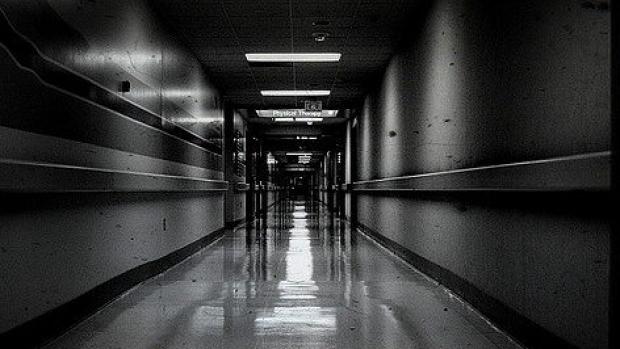 hospital-hallway-e1477519080305
