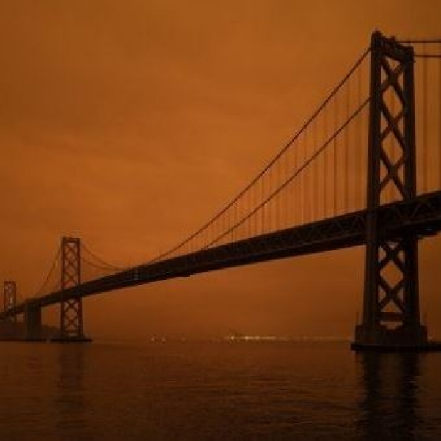 Wildfires Golden Gate Bridge - Image credit: Christopher Michel via Flickr