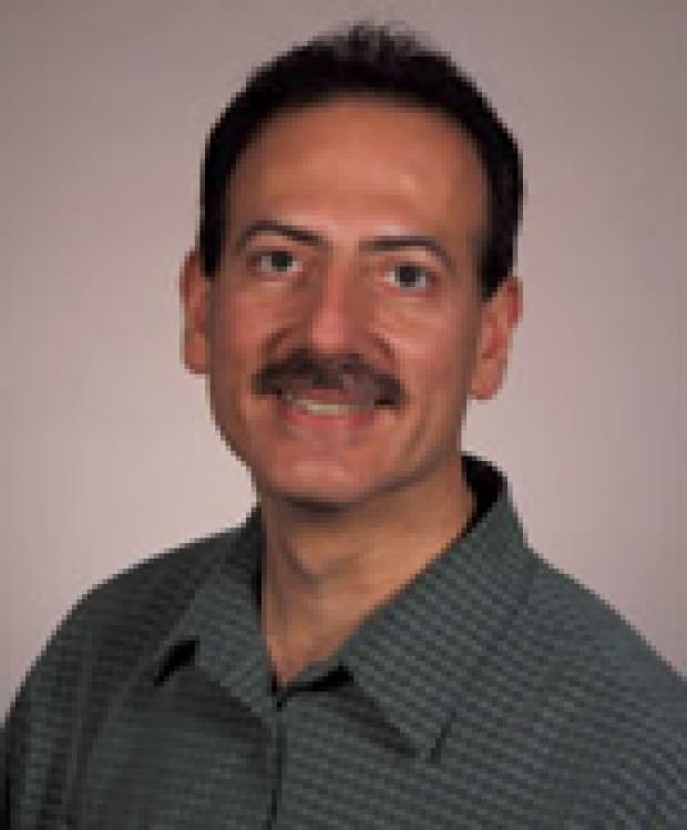 Photo of Eliot L. Siegel