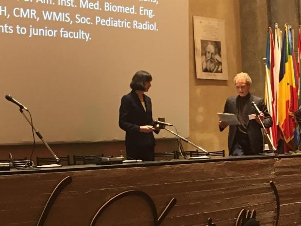 Heike Daldrup-Link Receiving Harry Fischer Award
