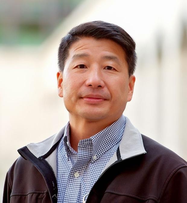 smiling head shot of Sean Wu