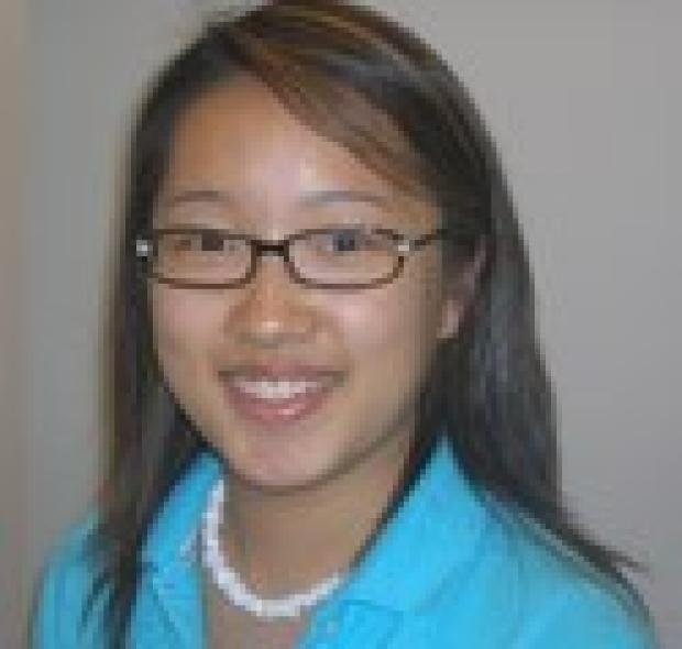 smiling headshot of Esther Yu