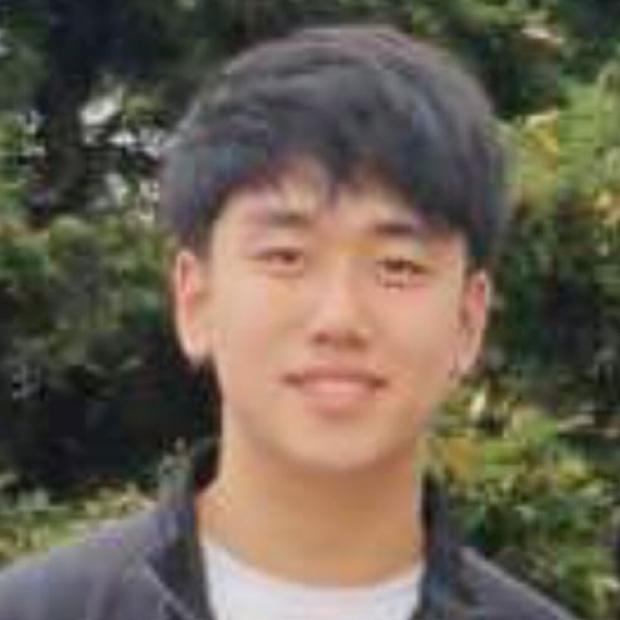smiling headshot of Daniel Lee