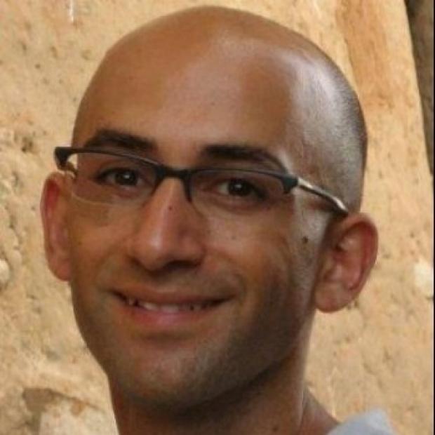 Portrait of Eran Bendavid