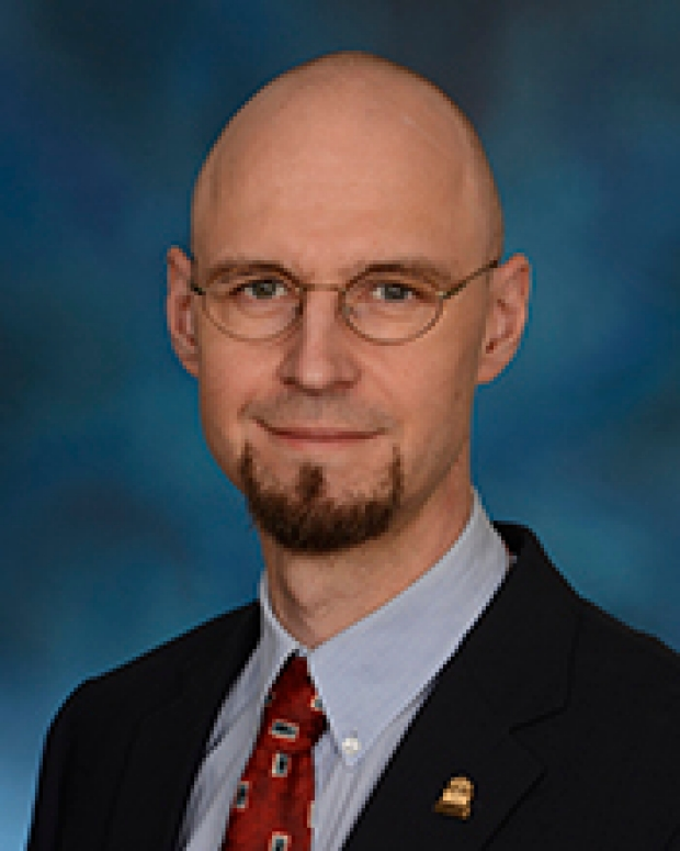 Dirk Mayer, PhD, becomes faculty