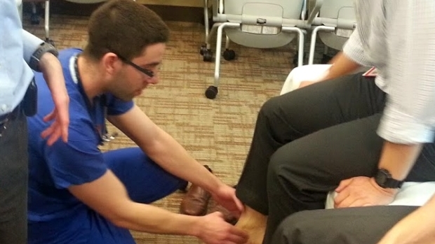 Dr. Singh Teaches the Exam of Low Back Pain and Hip Pain