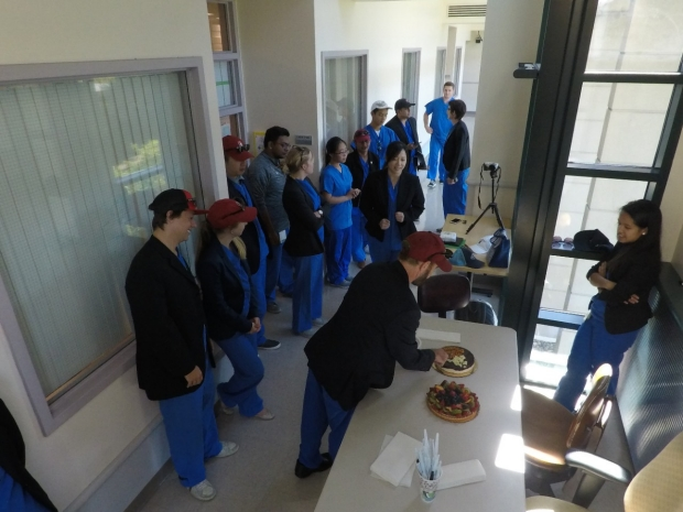 gary-steinberg-lab-scrubs-birthday-party-cake