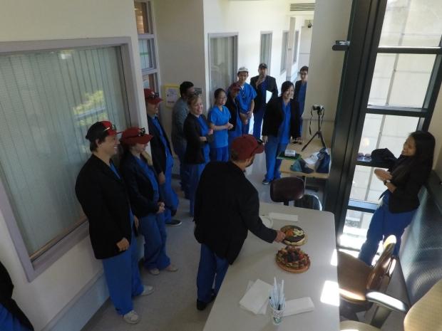 gary-steinberg-lab-scrubs-birthday-party-cake-2
