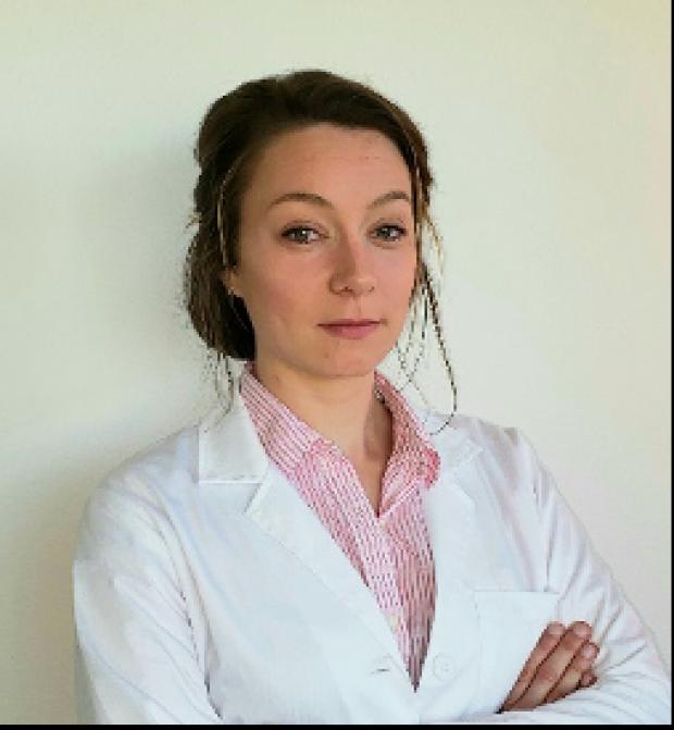 Stefanie van Uem, MD