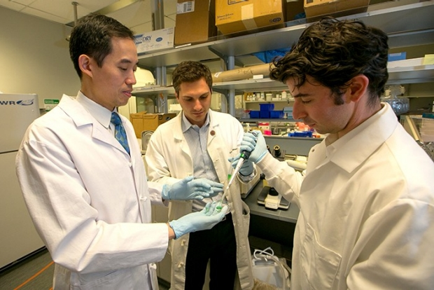 Dr. Joseph Woo with Andrew Goldstein and Jeff Cohen in lab
